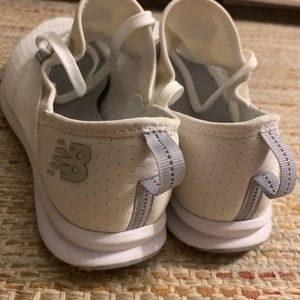 New Balance fuelcore Nergize sneakers white 7.5
